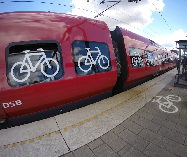 Signs on the train exterior make it clear which carriage are designed for travelling with bicycles.
