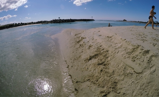 The post's main photo shows the narrow mouth of Currumbin Creek from a distance. This photo shows up close.