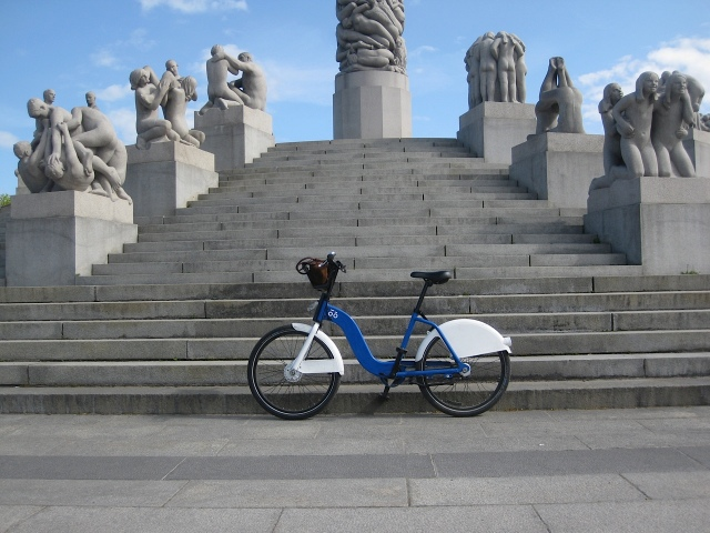 20160513 vigeland bike IMG_2497