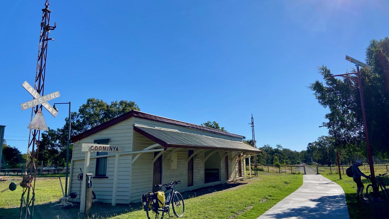 Coominya Station